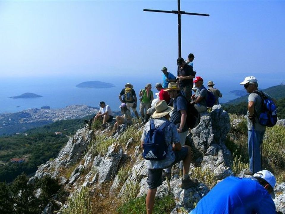skiathos_hiking